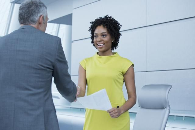 Tips To Learn How To Use Nonverbal Communication At A Job Interview