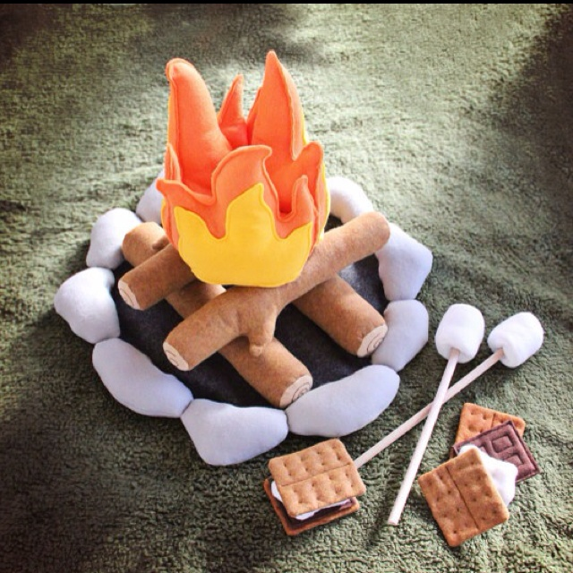 I like this one better w the ring of rocks. Better looking s'mores too.