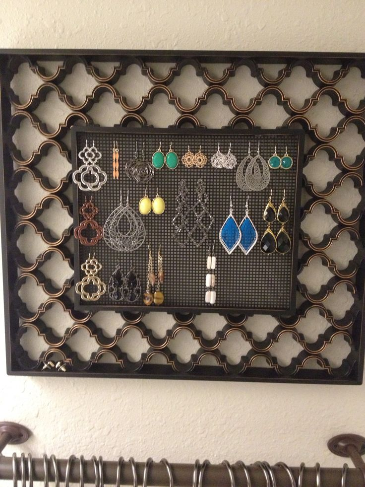 29 best images about plastic canvas on pinterest for Hobby lobby jewelry holder