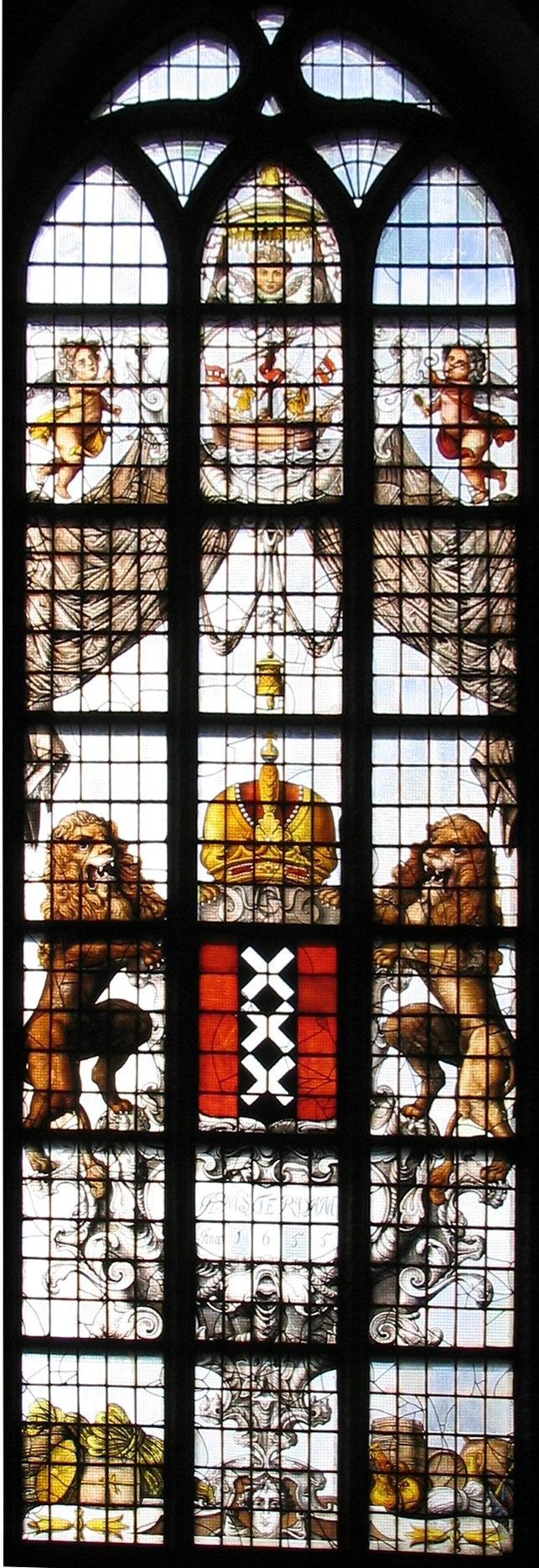 Amsterdams wapen in lood glas.