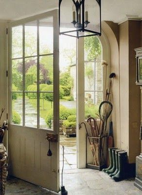 my ideal entry. via www.from-london-with-love.com #entry #doorway