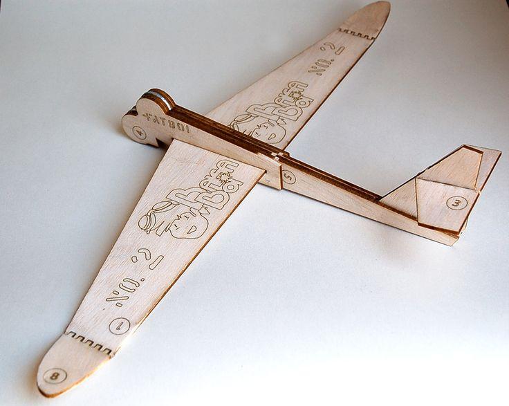 2x Balsa Airplane: The Fatboi (No.2)