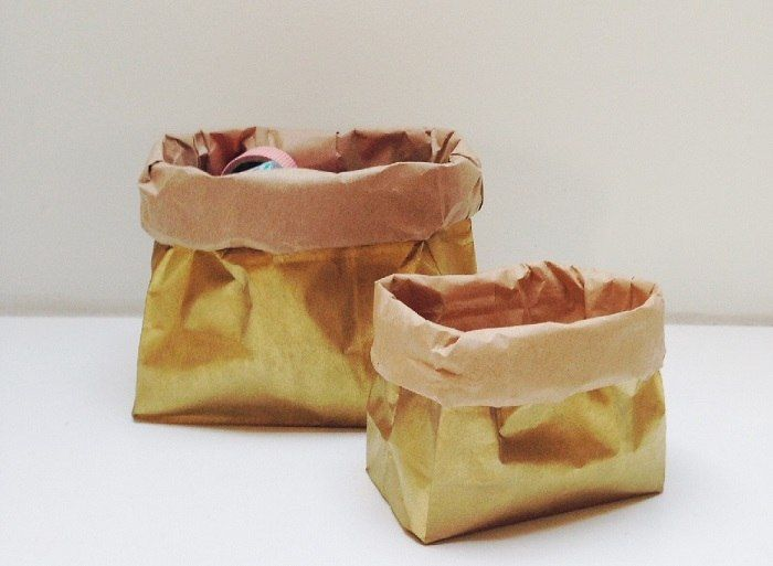 Un' idea last minute per i vostri regali di natale o per decorare la tavola? Dei sacchetti dorati fai da te.
