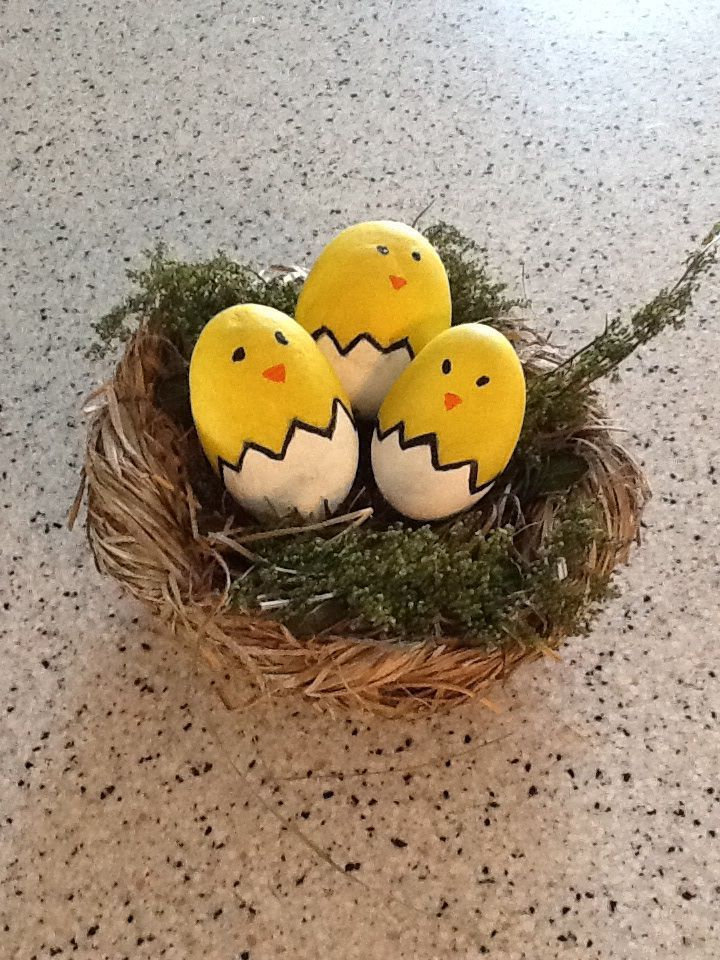 Chicks from painted rocks - use white eggs for painted Easter eggs