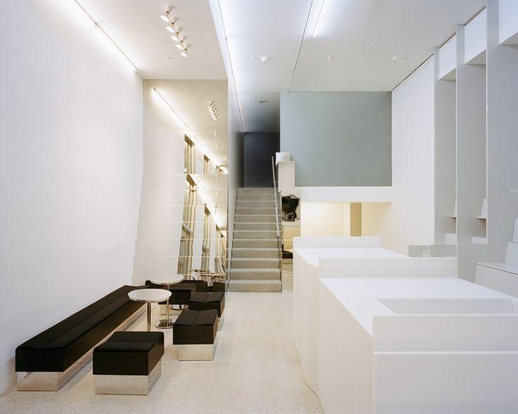 PIERRE JORGE GONZALEZ / JUDITH HAASE / ATELIER ARCHITECTURE & SCENOGRAPHY – DEUTSCHE GUGGENHEIM MUSEUMSSHOP
