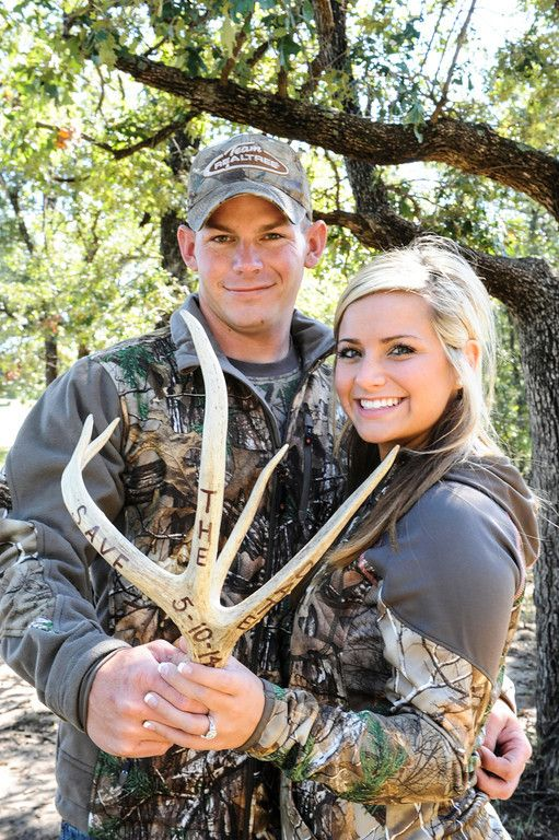 Engagement pictures. Save the date. Realtree