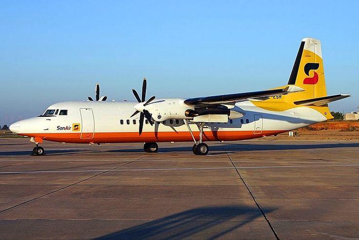 Fokker 50, Sonair JP5853170.jpg