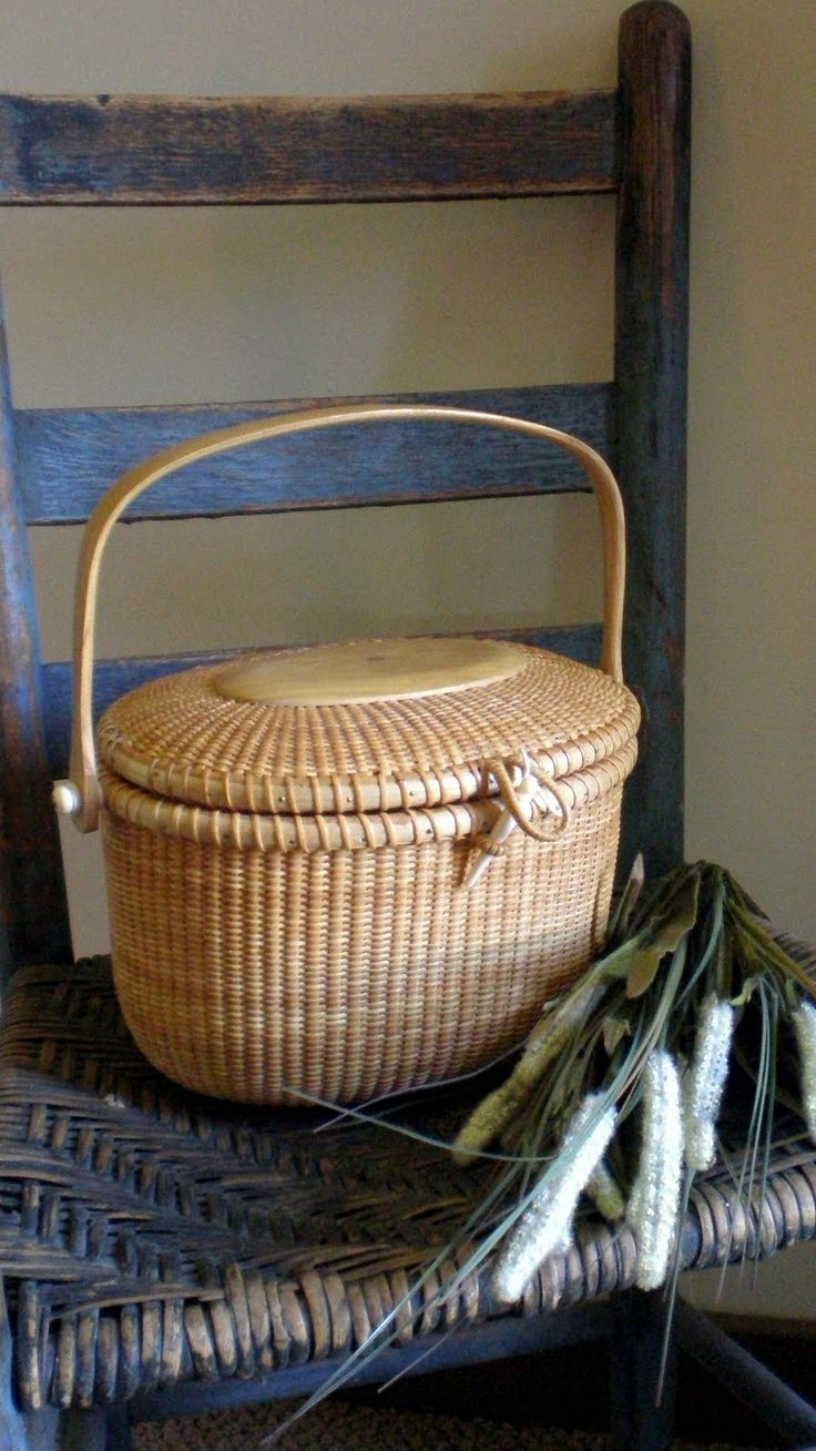 Making ART using NATURAL elements - such as this basket -