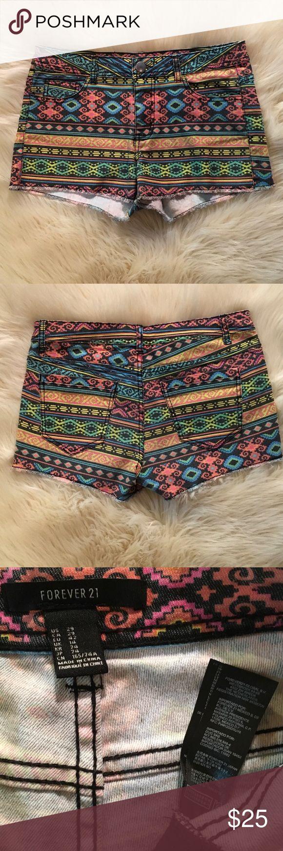 "Forever 21 Colorful Aztec Tribal Shorts Sz 29 NWOT Forever 21 Colorful Aztec Tribal Shorts. Raw Edge. Black stitching. Inseam 2.5"", Rise 9"" size 29, US 8 NWOT Forever 21 Shorts Jean Shorts"