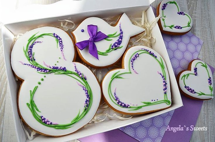 #пряникиручнойработы #имбирныепряникиназаказ #пряникимелитополь #gingerbread #royalicingcookies #artcookies #angelassweets