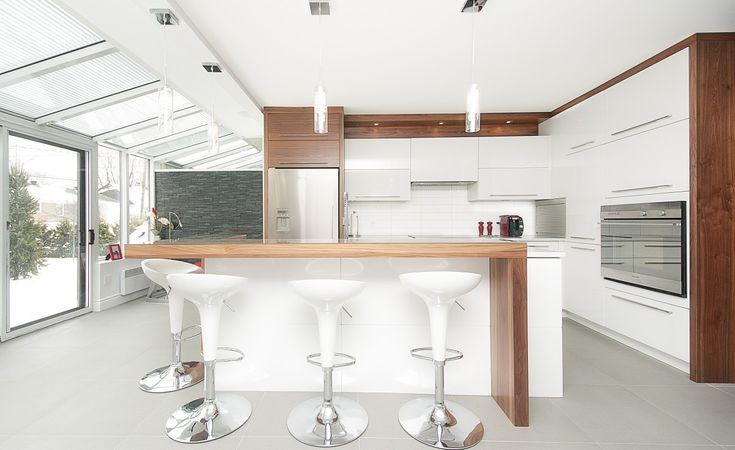 Cuisine contemporaine Pure | Armoires Novaro cuisines et salles de bain