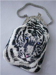 """Сумочка """"Белый тигр   biser.info - всё о бисере и бисерном творчестве"""