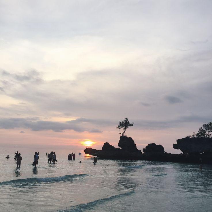 Boracay, Philippines  http://chekaocampo.blogspot.com/2015/09/boracay-2015.html?m=1