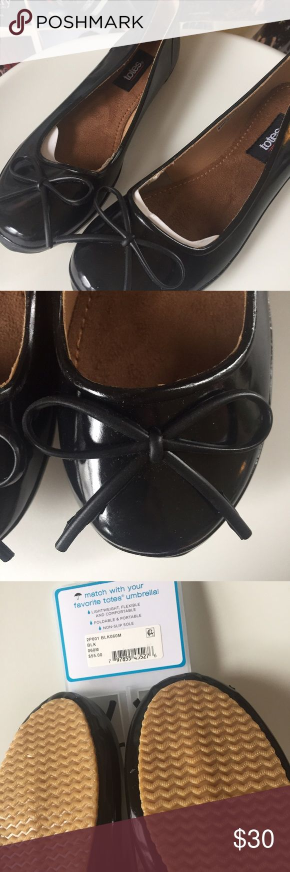 Totes Signature   Puddle Flats rain shoes  waterproof, these Puddle Flats from the rain-wear specialists at Totes are practical, but versatile in black. Nobody will even notice that they aren't regular ballet flats!! Could they be any cuter?! Marked 6-6.5. NWT. Totes Shoes Flats & Loafers