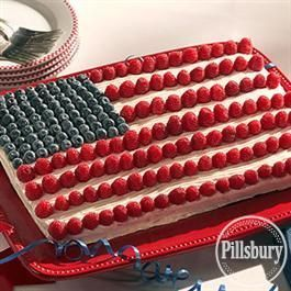 This Stars & Stripes® American Flag Cake from Pillsbury® Baking is the perfect dessert recipe for your 4th of July picnic!