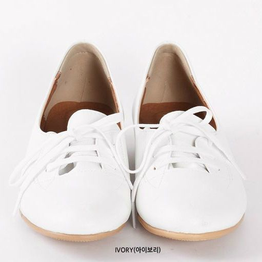 Korea Woman Big size clothing shop. [Jstyle] Cluj basic shoes / Size : 225-265 / Price : 42.32 USD #dailylook #OOTD #JSTYLE #plussize #loosefit #shoes #fashionitem