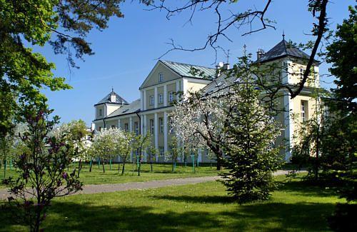 pałac w Łące