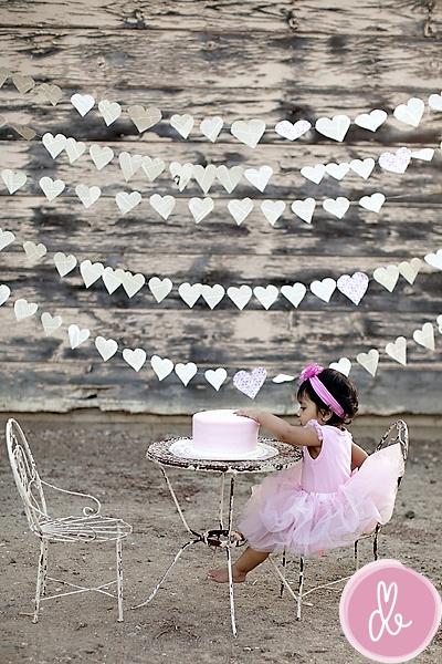 love the heart garland