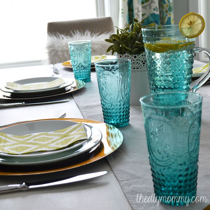 Teal Hobnail Glasses and chartreuse napkins - a spring or summer table setting #tablescape #table
