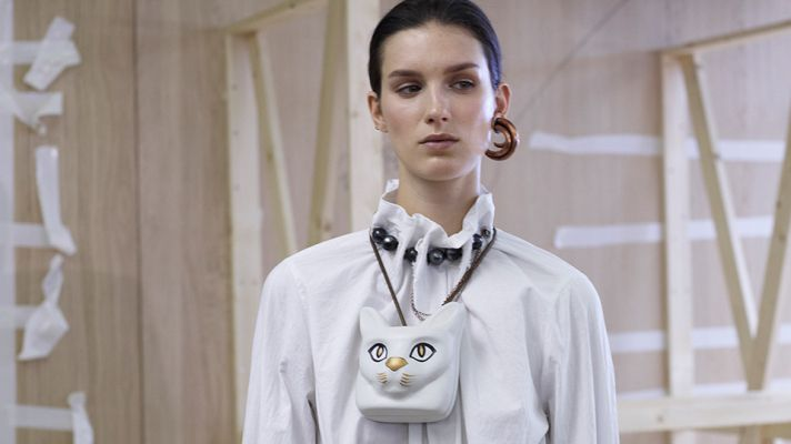 Cat necklace at Loewe...the dream