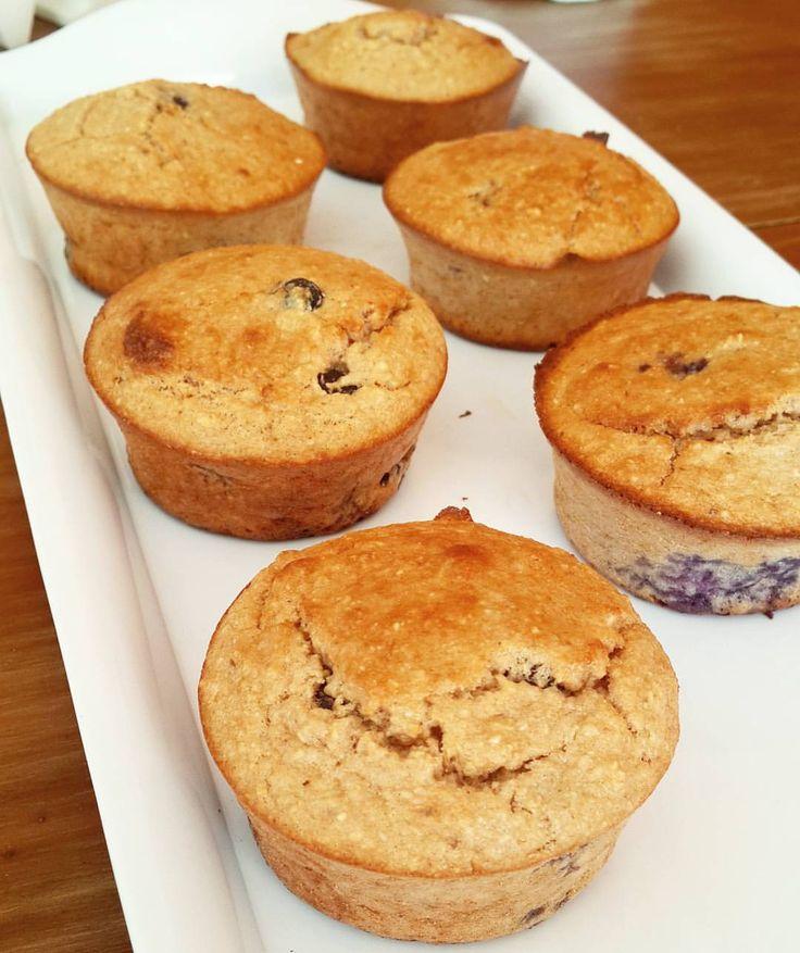 """1,096 Me gusta, 93 comentarios - Lic. María Laura Romano (@integralnutricion) en Instagram: """"Impresionante lo que salieron estos muffins de avena y arándanos! Sin azúcar, sin aceite y sin…"""""""