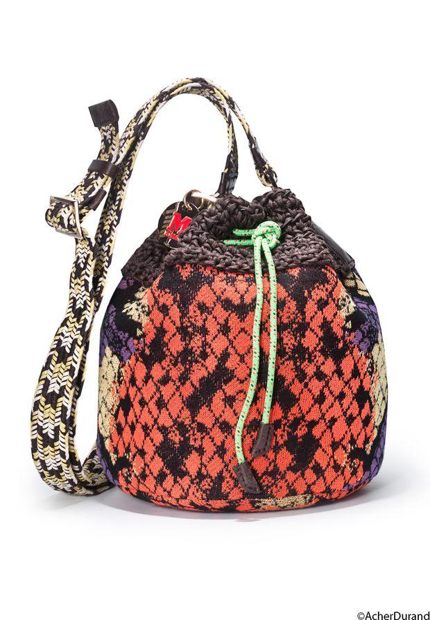 les 23 meilleures images du tableau raphia sur pinterest sacs en crochet sac mains avec. Black Bedroom Furniture Sets. Home Design Ideas