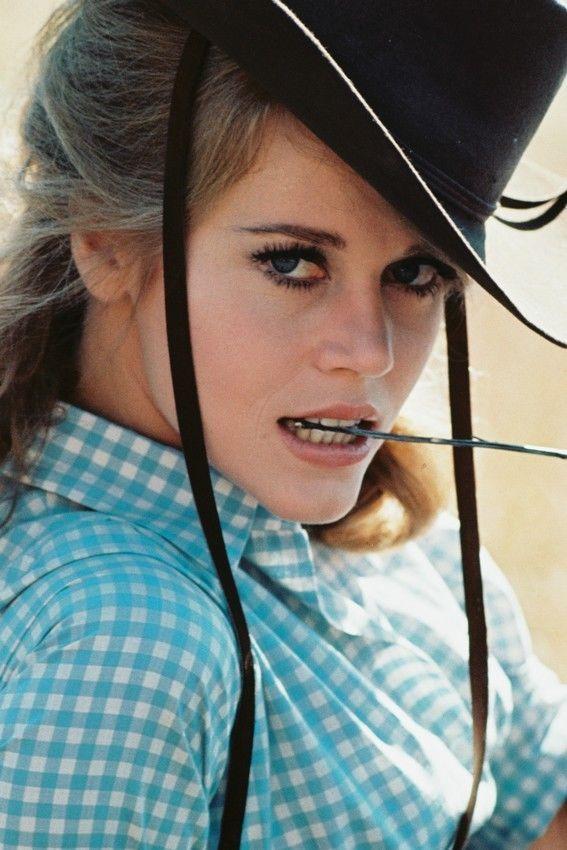 Jane Fonda Sexy Pose Checkered Shirt And Black Hat Cat Ballou 11x17 Mini Poster