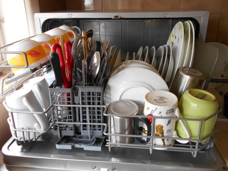 Benchtop Dishwasher for A Small Household or Apartment Living