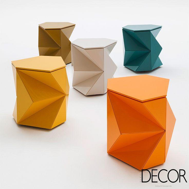 Integrando a mostra BE BRASIL e o Brazil S/A, Projeto Raiz tem como objetivo de promover internacionalmente nomes do design de mobiliário brasileiro, além de estimular a geração de negócios para os estúdios de design no mercado internacional.