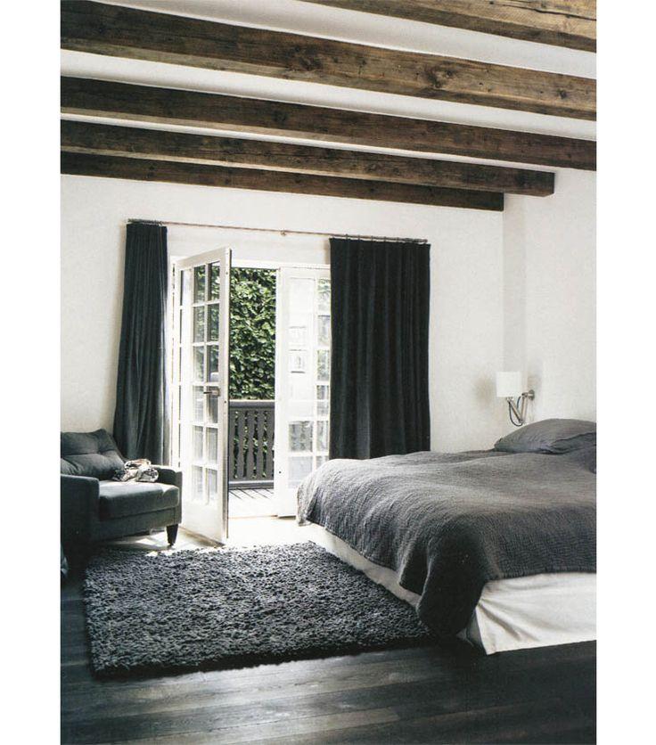 17 beste idee n over houten balken op pinterest houten plafondbalken balken en balkenplafond - Slaapkamer met zichtbare balken ...
