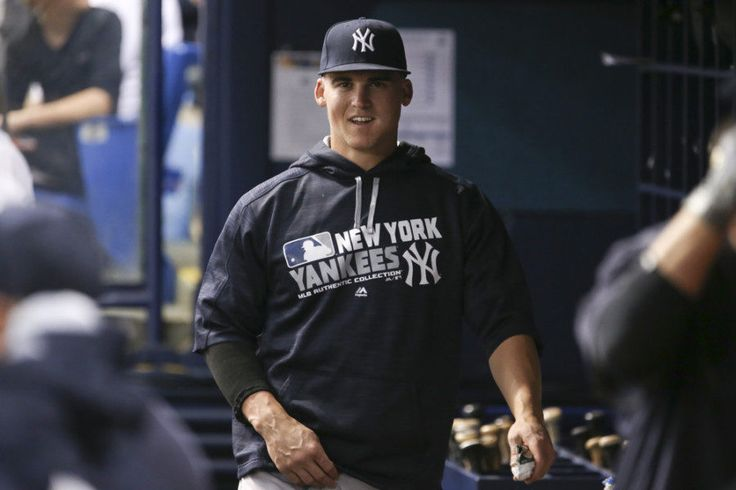 Yankees' Tyler Austin breaks bone in foot = Tyler Austin's chances of impressing Yankees' brass during spring training will be difficult after recent events, and his opportunity of making…..