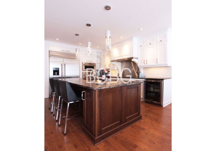 Transitional kitchen style with mapple cabinets.