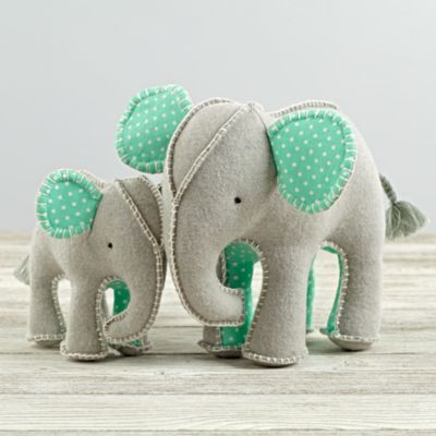 Shop for baby toys and games at The Land of Nod. Explore a variety of wooden and plush toys, activity chairs and floor mats, rattles, teethers and more.