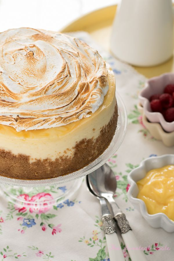 The Sweetest Taste: Cheesecake de limón y merengue