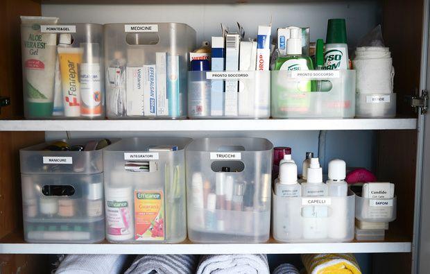 Come organizzare l'armadietto dei medicinali