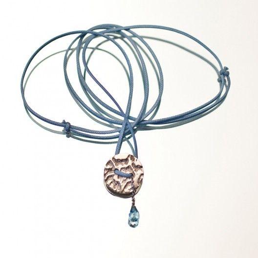 Battiquore Milano | Collana in argento 925 Topazio azzurro naturale del Parà (Brasile) Cordino in cotone cerato