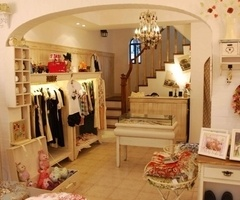 Wow - now this is anwesome Closet!: Dreams Houses, Dreams Closet, Kids Closet, Girls Closet, Bedrooms Size, Home Decor, Dresses Rooms, Basements, Awesome Closet