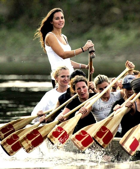 kate rowing...as if i wasn't already obsessed with her.