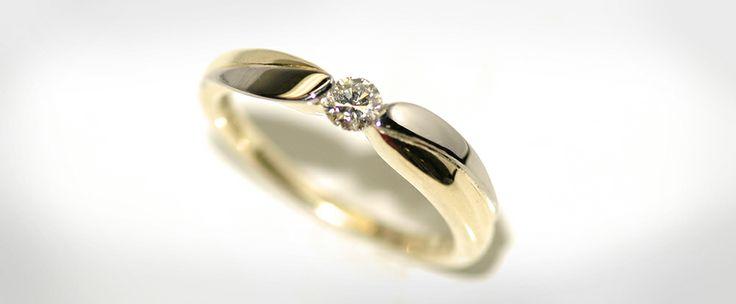 Van de oude sieraden van oma de verlovings ring gemaakt.