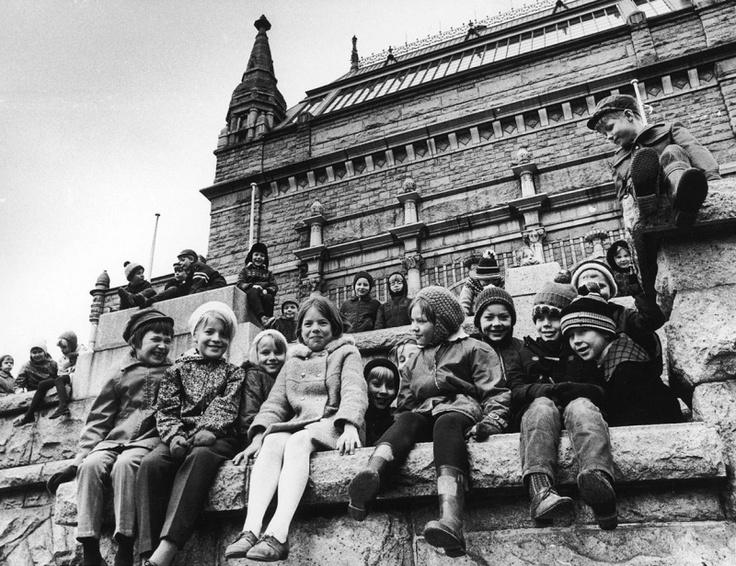 School children visiting the museum 1969.