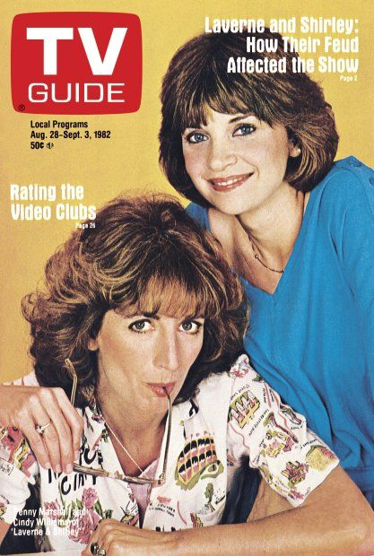TV Guide August 28, 1982 - Penny Marshall and Cindy Williams of Laverne and Shirley.