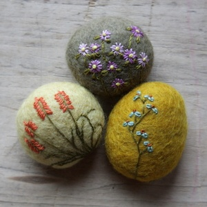 textural wool stones from lil fish studios - the colors are so beautiful