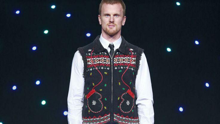 Daniel Sedin. Christmas sweater.