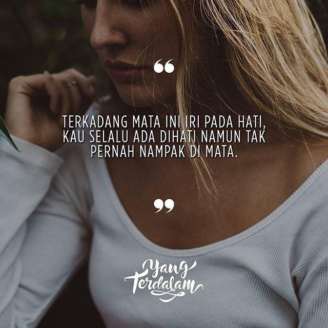 Kau selalu berpaling dan pergi, walau kau tahu hati ini terus meminta.  Kiriman dari @aftonhafidin  #berbagirasa  #yangterdalam  #quote  #poetry  #poet  #poem #puisi  #sajak