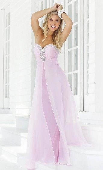 Beautiful lavender dress! Want!!!