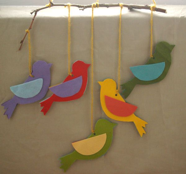 Learn how to make a simple mobile of a flock of felt birds in flight.