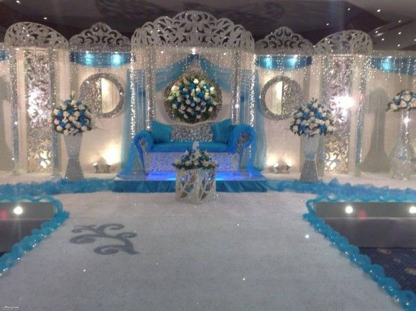 17 best ideas about wedding reception at home on pinterest for Small wedding venue decoration ideas