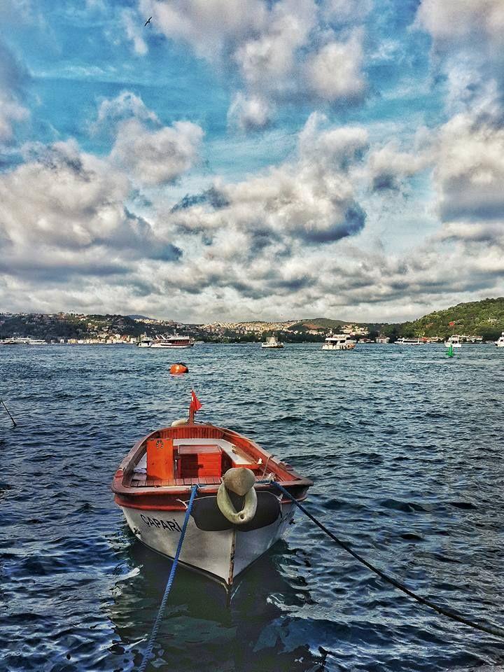 Istanbul/Bosphorus..