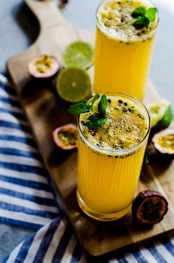 A fun and tropical passion fruit mojito perfect for summer parties and BBQs! Thi…