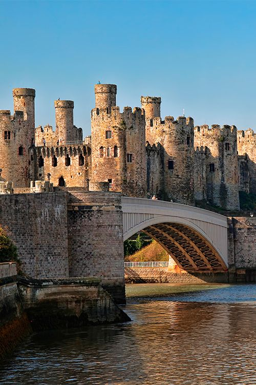 During the Middle Ages the UK featured a feudal castle system which has been romanticized by countless stories and movies #UK